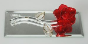 Ruusu peilin päällä