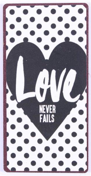 """Sisustusmagneetti """"Love never fails"""""""