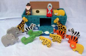 Nooan arkki ja 8 eläinparia (ruskeakattoinen arkki)