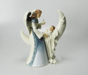 Siunaus poikavauva (koriste-esine)