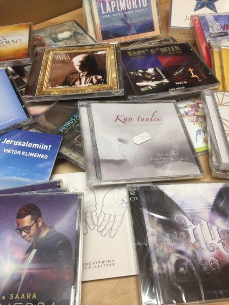 40CD-Joulupaketti
