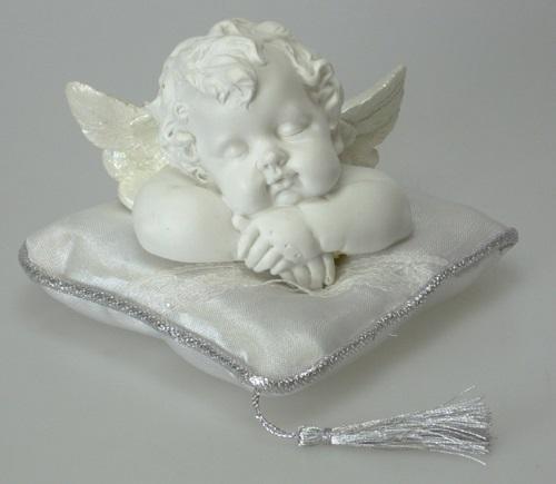 Rafaelin enkeli tyynyllä